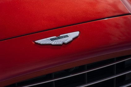 Aston Martin dans le dur mais optimiste